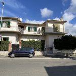 Castiglioncello. Appartamento libero su tre lati. a 57016 Castiglioncello LI, Italia per 250000